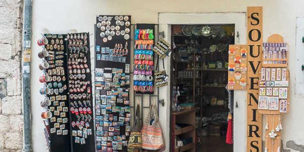 Сувениры в Черногории